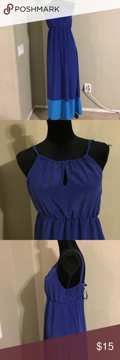 """Old Navy Maxi Dress Size small. 100% polyester. Dress is 52"""" long. Old Navy Dresses Maxi"""