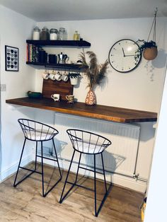Small Kitchen Bar, Open Plan Kitchen Living Room, Home Decor Kitchen, Diy Kitchen, Kitchen Interior, Breakfast Bar Small Kitchen, Bar Table Diy, Breakfast Bar Table, Coffee Bar Home