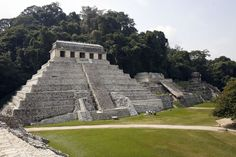 Mexican maya ruins