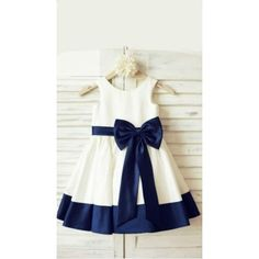 Ivory Satin Flower Girl Dress with navy blue belt/bow This is Talia's favorite choice, with the navy bow and trim.Black satins chiffon lace bowknot girls dress with straps, 2017 cute flower girl dressA-line/Princess Scoop Sleeveless Bowknot Tea-Lengt Cute Flower Girl Dresses, Little Girl Dresses, Girls Dresses, Prom Dresses, Flower Girls, Wedding Dresses, Navy Blue Bridesmaid Dresses, Baby Flower, Ribbon Flower