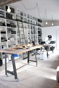 Stimulate me with COLOR and this would be perfect  Dream work space | repinned by www.BlickeDeeler.de