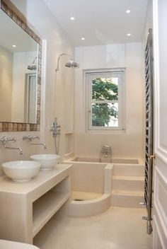 1000 images about tadelakt on pinterest silk parisian - Salle de bain etroite ...