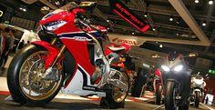 Standard Fireblade in Matt Schwarz oder Winning Red Honda, Motorcycle, Vehicles, Oder, Motorcycles, Car, Motorbikes, Choppers, Vehicle