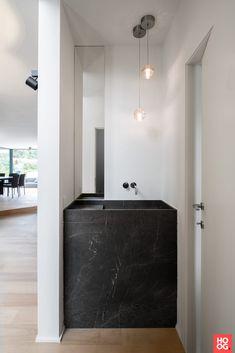 Interior design modern villa in Wechelderzande - HOOG.design - Exclusive living inspiration in the United Kingdom Arch Interior, Interior Exterior, Modern Interior Design, Bad Inspiration, Bathroom Inspiration, Boho Bathroom, Bathroom Interior, Minimalist Toilets, Minimalist Bathroom Design