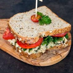 This vegan tuna salad recipe is made with chickpeas instead of tuna, and makes an excellent mock tuna salad sandwich. Ginger Liqueur Recipe, Rhubarb Liqueur Recipes, Brandy Recipe, Vegan Tuna Salad Recipe, Salad Recipes, Diy Soap Rocks, Hidden Jewelry Storage, Diy Wax, Diy Crystals