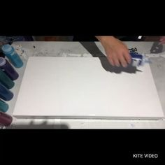 Can I duplicate the birthday pour Watch amp; see! Acrylic Pouring Techniques, Acrylic Pouring Art, Acrylic Art, Acrylic Colors, Acrylic Spray, Flow Painting, Pour Painting, Diy Painting, Painting Canvas Crafts