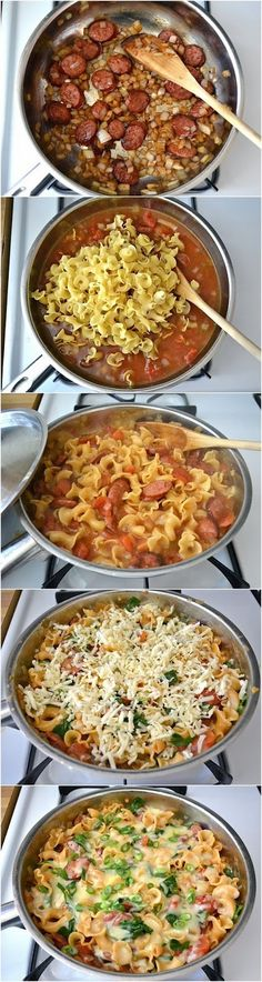 Amazing Stuffz: Creamy Sausage and Spinach Pasta Skillet