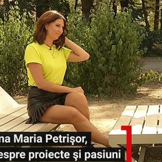 Much more on tvmagia.ro Beautiful Legs, Favorite Color, Yellow, Nice Legs, Gold