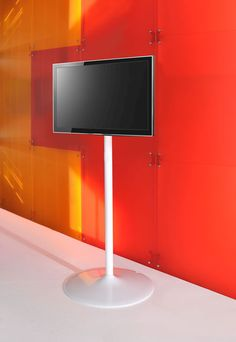 Elio tv stand can be used in the home, commercial environments, offices and public areas and also for use in specialist installations, such as on television sets and events in general