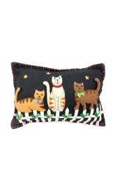 felt christmas pillow | Christmas Felt Appliqued Ornaments Pillows - Little Hand Crafts