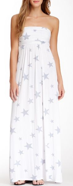 If anybody knows me, they kno I LOVE stars!! And I wud rock this dress.... Only if it were darker cause me and white don't go well together!