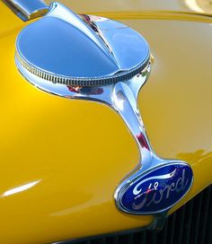 1932 Ford Hi-Boy, flathead power - yellow - Rad Cap