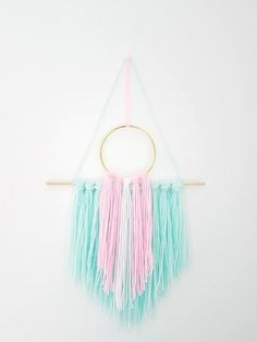Boho decorwall decorlarge wall hangingombre wall hanginghome diy wall hanging make this amazing yarn wall hanging with this easy to follow tutorial solutioingenieria Images