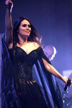 Sharon den Adel, Within Temptation  like seriously can we just bask in her awesomeness for a moment?