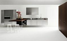 #diseño de #cocinas #linea3cocinas #madrid #muebles de cocina con patas metálicas