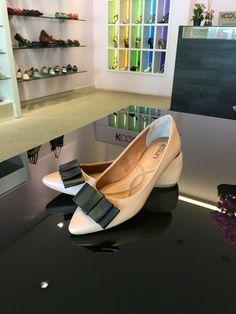 Vamos de #sapatilhas hoje? Que tal bico fino? Clássica e chique. #koquini #comfortshoes #euquero Compre Online: http://koqu.in/1rqlbfW