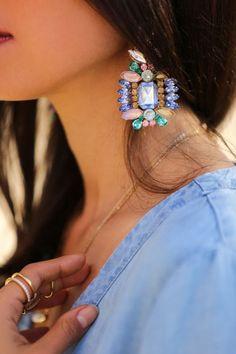 Fashion Blog - Earrings for Women. Learn more here ---> #fashion #style #blog #styletips #earrings - Statement earrings
