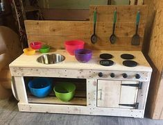 wood pallets kids mud kitchen