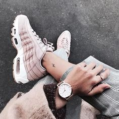 Nike Air Max 95 by Julinfinity ♡ . Nike Air Max 95 by Julinfinity ♡ Moda Sneakers, Sneakers Mode, Sneakers Fashion, Fashion Shoes, Shoes Sneakers, Roshe Shoes, Nike Air Max, Nike Free Shoes, Running Shoes Nike