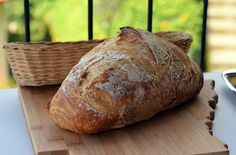 We all strive for that perfect balance of sourness or tangy taste in our bread. Sourdough bread that is. Easy Sourdough Bread Recipe, Easy Bread Recipes, Cooking Recipes, Braided Nutella Bread, Easter Recipes, Baked Goods, Food To Make, Bakery, Food And Drink