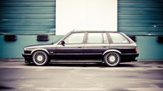 Your Ridiculously Sexy BMW E30 Wagon Wallpaper Is Here