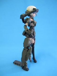 A very popular series of art work and model kits coming out of Japan with a soon to be released anime. When snapped the model is very toy like and in this vi. Frame Arms Girl, Popular Series, Master Chief, Sci Fi, Japan, Watch, Artwork, Youtube, Anime