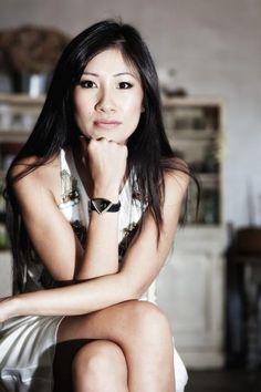 "M & A Rainmaker "" Blog Archive "" BeachCherry helps pianist Van-Anh crowdfund with Wordpress website"