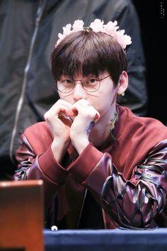 Love in kamuu (njing alay bet) Produce 101, Kpop, Nu Est Minhyun, Cha Eun Woo, Ong Seongwoo, Kim Jaehwan, Ha Sungwoon, Flower Boys, Ji Sung