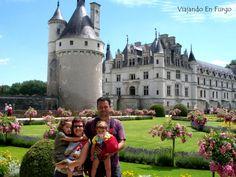 viaje por el loira en familia Pisa, Barcelona Cathedral, Dolores Park, Tower, Building, Travel, Paths, France, Castles