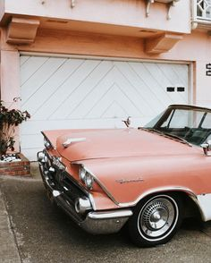Vintage Car Models Retro - Reading Time: 2 minutes Its mid-January and I am officially hopping on the Valentine's Day train. Sharing my tips for styling an all pink look in today's post! Retro Cars, Vintage Cars, Retro Vintage, Vintage Modern, Poster Vintage, Retro Diner, Vintage Vibes, Vintage Travel, Peach Aesthetic