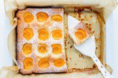 Apricot almond cake