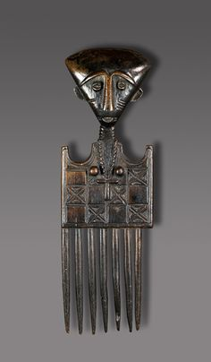 Africa | Hair comb from the Akan people of Ghana