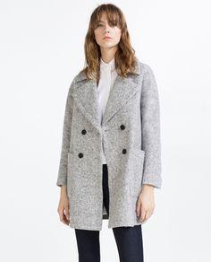 Sobretudo lã cruzado (cinza): ZARA (69,95€)