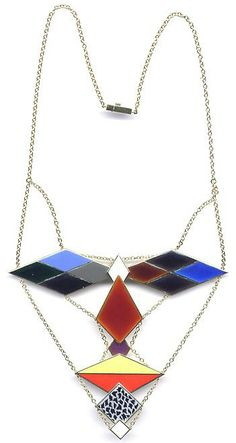 Meret Oppenheim Tête de poète, designed 1967, executed 1977. Yellow gold and multicolored enamel. Edition of 9