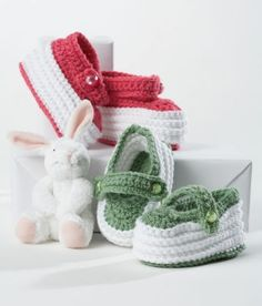 Loops & Threads™ Snuggly Wuggly™ Crochet Baby Booties.