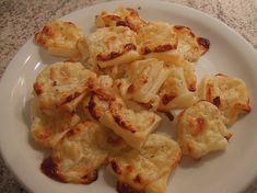 Mini - Snack - Käsehäppchen aus Blätterteig, ein schmackhaftes Rezept aus der Kategorie Fingerfood. Bewertungen: 10. Durchschnitt: Ø 3,8.