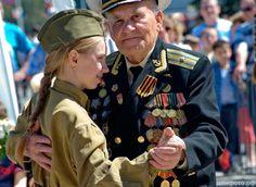 Деда, участника Великой Отечественной войны, дети отправили по турпутевке в Германию.
