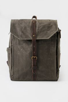 Property Of... Hector Backpack Dark Olive
