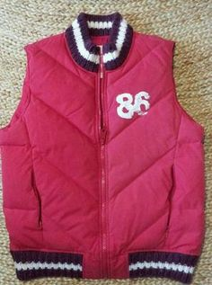 """VICTORIA'S SECRET PINK DOWN PUFFER JACKET VEST, RED,""""TRUE PINK LOVE"""" Sm Now at $9.99 on ebay with only 4 days left!"""
