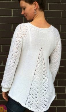 V-Neck Rear Model Sweater - Diy Crafts - hadido Ravelry Free Knitting Patterns, Sweater Knitting Patterns, Lace Knitting, Knitting Stitches, Knitting Designs, Knit Patterns, Lace Sweater, Top Pattern, Crochet Clothes