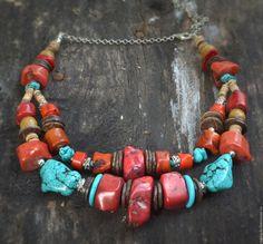 """Купить Колье,ожерелье с натуральными камнями и кораллами """"Ягода"""" - колье, ожерелье, колье с камнями"""