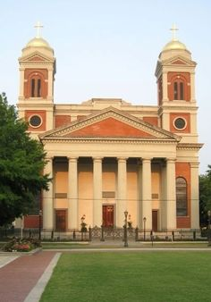 Cathedral of the Immaculate Conception;  Mobile, AL - Bing Images