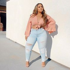 Tall Fashion Tips .Tall Fashion Tips Thick Girls Outfits, Curvy Girl Outfits, Cute Casual Outfits, Plus Size Outfits, Casual Jeans, Thick Girl Fashion, Plus Size Fashion For Women, Curvy Fashion, Look Plus Size