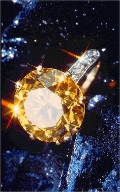 Canary diamond; part of the Gem and Mineral Collection of the Smithsonian's National Museum of Natural History.