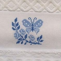No photo description available. Butterfly Cross Stitch, Butterfly Embroidery, Cross Stitch Flowers, Cross Stitch Embroidery, Filet Crochet, Needlework, Diy And Crafts, Sewing, Creative