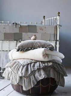 Bella Notte Baby Bed with linen. The bed. The linen blankets. Even the little birdie. Gris Taupe, Linens And Lace, Home And Deco, Neutral Colors, Warm Colors, Vibrant Colors, Bean Bag Chair, Textiles, Shabby Chic