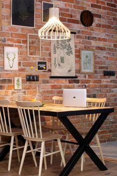 Ściana wykonana za pomocą pięknej cegły CLASSIC PREMIUM Drafting Desk, Dining Room, Make It Yourself, Small Things, Deer, Interiors, Furniture, Home Decor, Decoration Home
