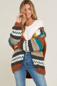 Sweater Jacket - tejidos a palillo Knit Jacket, Sweater Jacket, Knitting Blogs, Knitting Patterns, Crochet Cardigan, Knit Crochet, Striped Cardigan, Boho Outfits, Pulls