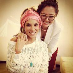   @valelizcano aprendiendo a hacer turbantes en el lanzamiento de Pigments Summer 2013 en @dulcementa   #Entreaguas #Fashion #Event