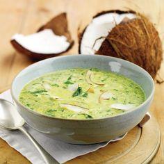 Sopa de espinafres e coco